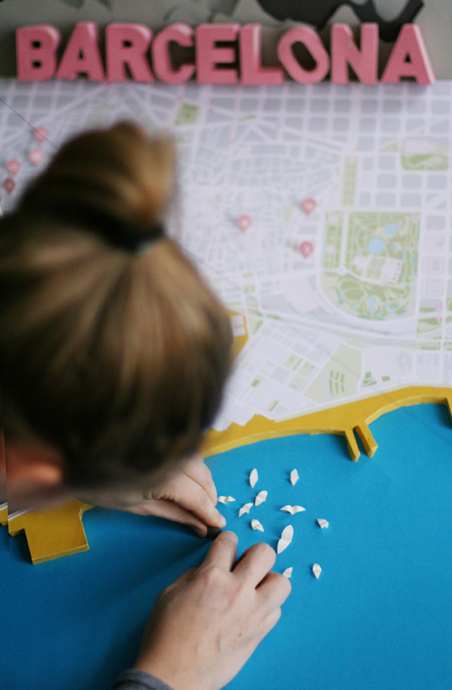anna haerlin - barcelona map - making of 1