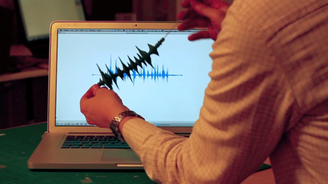 Paper Note – A Tangible Paper Waveform with Processing