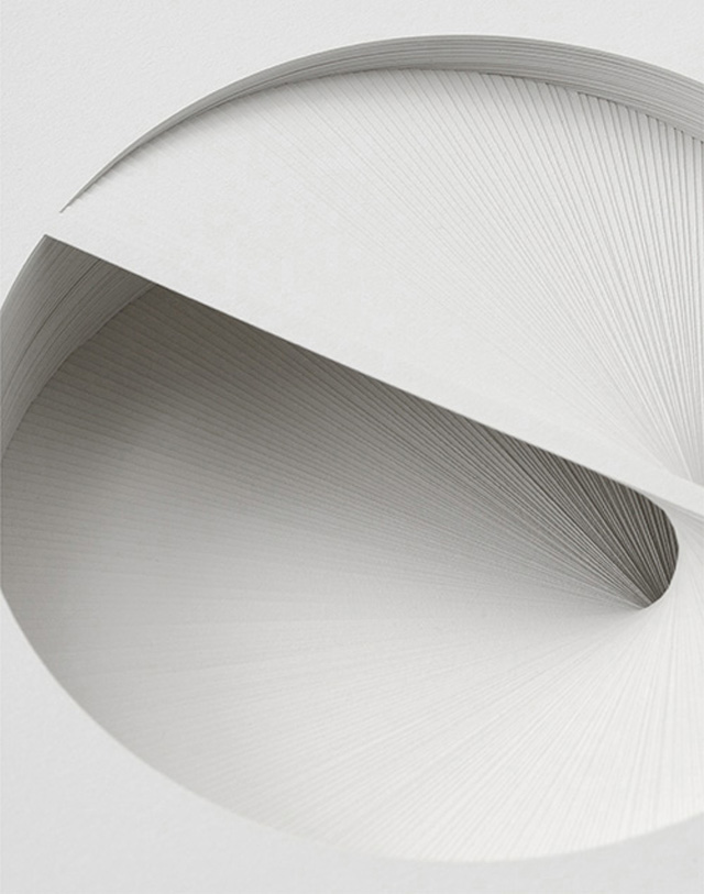 Bianca Chang - Form in white (Rotation IV), 2012 Paper