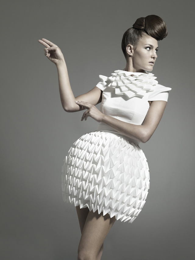 Nintai: Origami-Inspired Geometric Dresses
