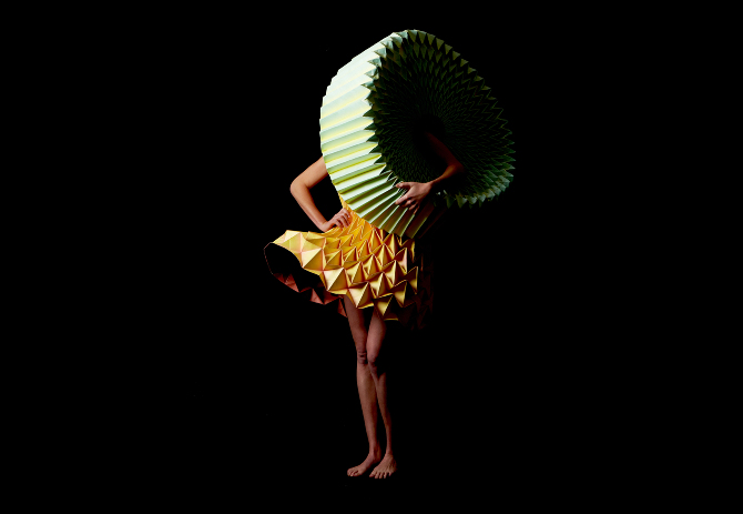 Jule Waibel Entfaltung: Collapsible Fashion
