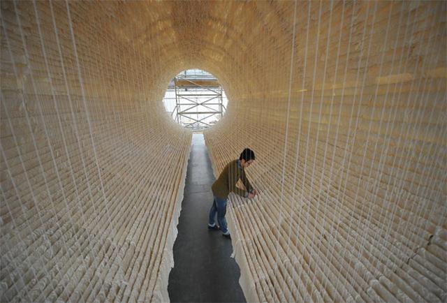 8,000 Sheets of Rice Paper Draped on Bamboo by Zhu Jinshi