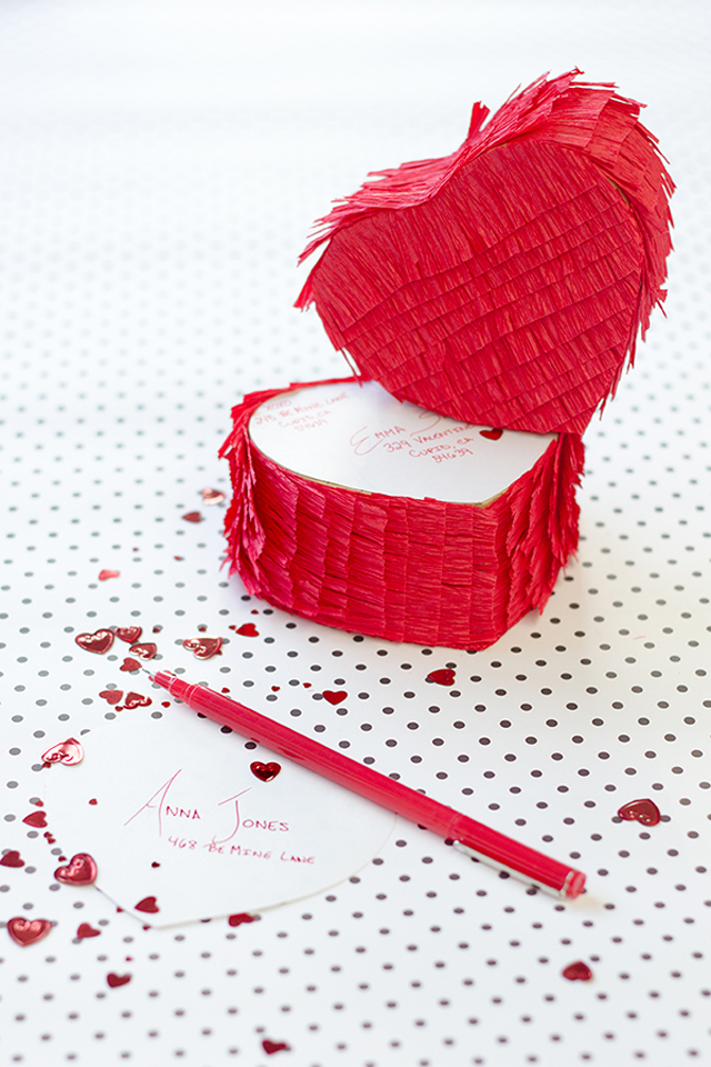 DIY-Pinata-Love-Gram10