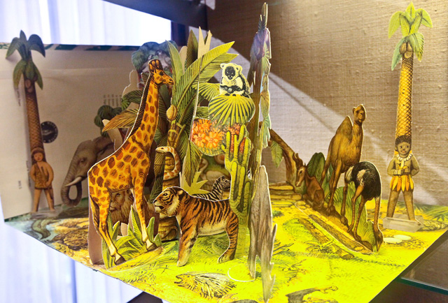 popup-from-prague-vojtech-kubasta-moko-and-koko-in-the-jungle