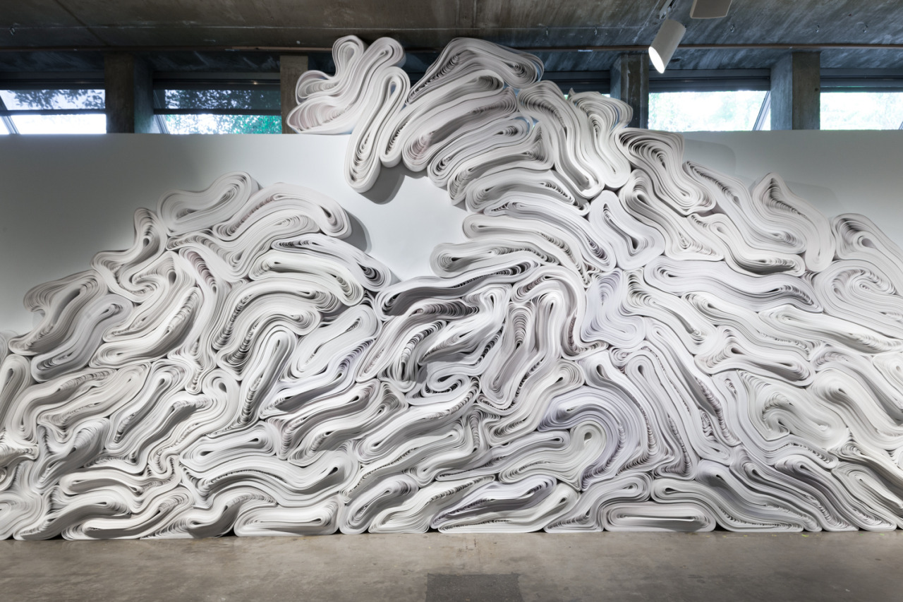 Jae-Ko-Flow-Monumental-Nature-Inspired-Sculptural-Reliefs-from-One-Ton-of-Recycled-Paper1