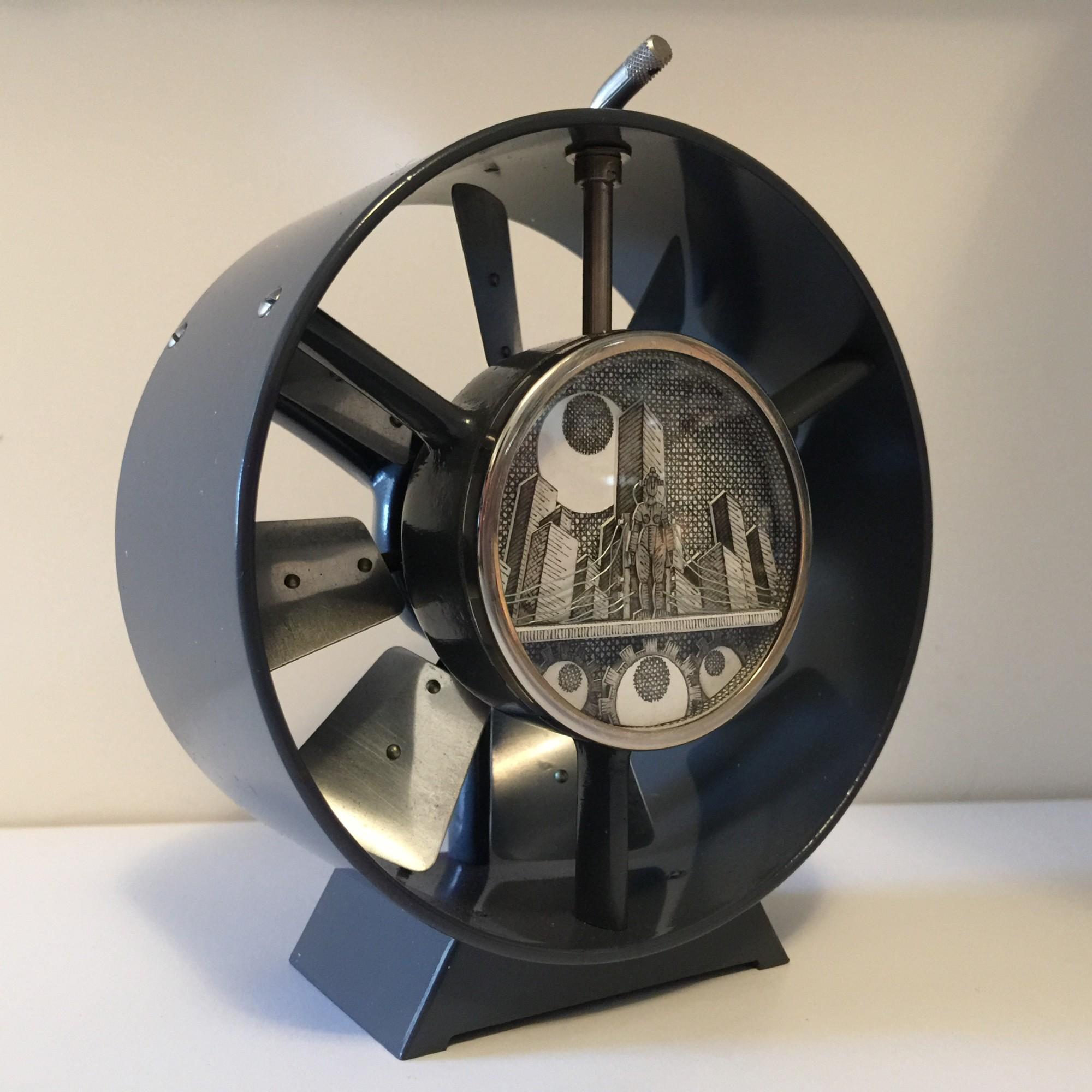 Matthew-Pleva-Miniature-Paper-Diorama-Metropolis-Strictlypaper-3