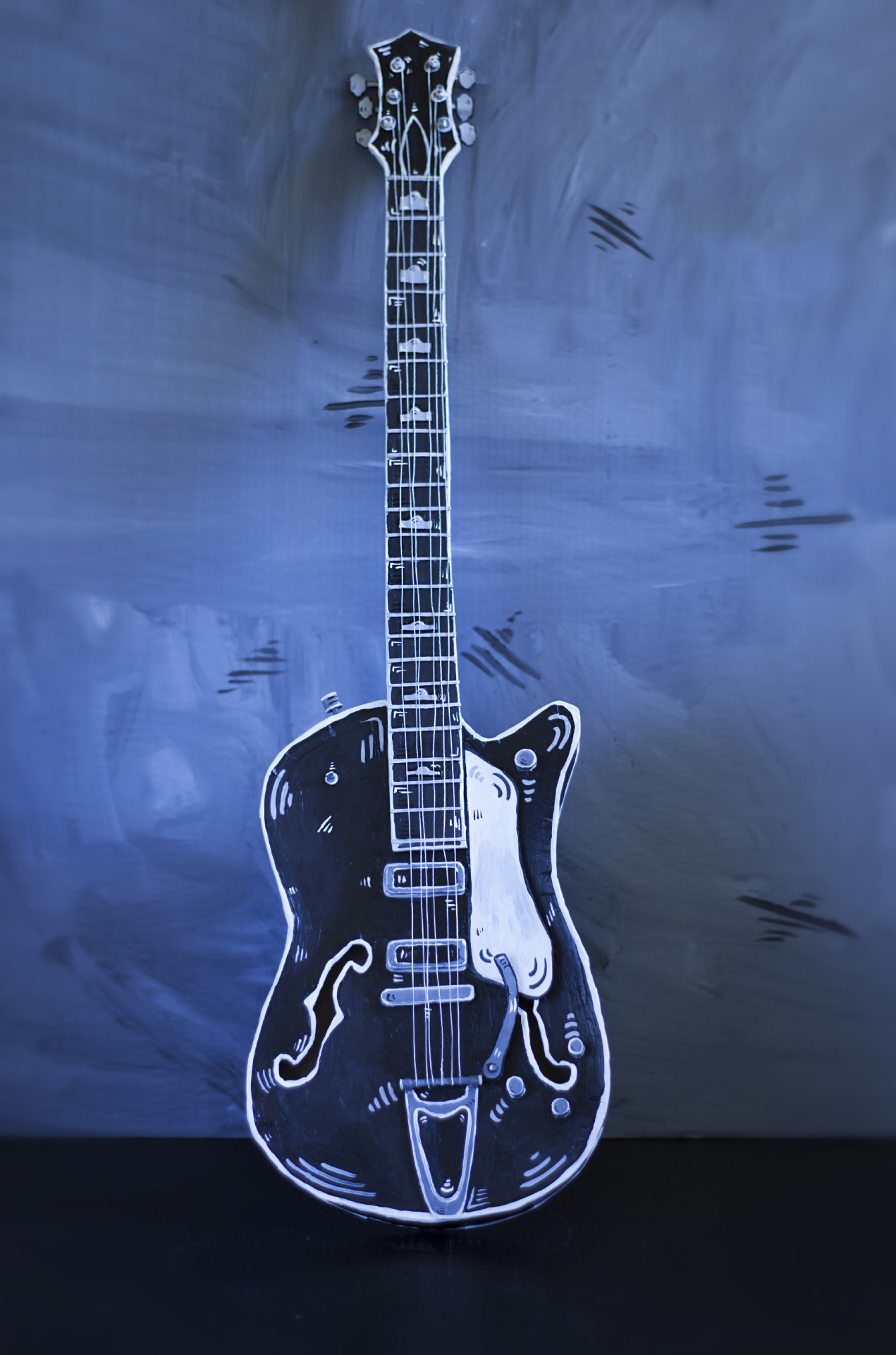 Incredible Vintage Works Fashioned in Painted Cardboard by Dosshaus - Guitar
