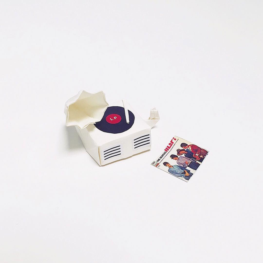 Artist Creates Well-Known Products as Minimal Origami Miniatures - Record Player
